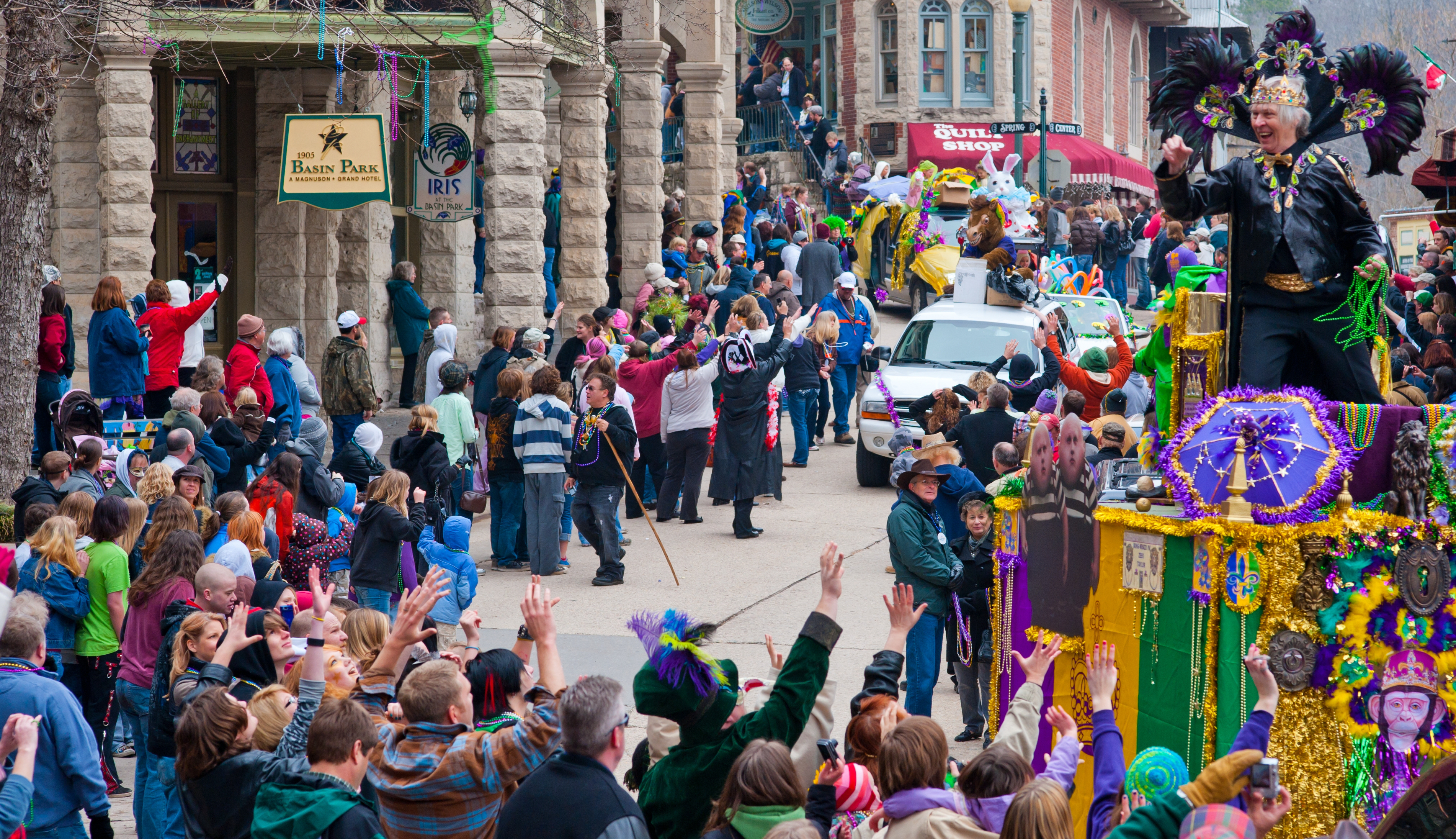 Eureka Springs 2020 Christmas Parade Winners Uncategorized – Page 4 – 1886 Crescent Hotel & Spa